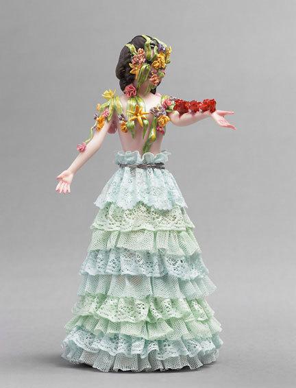 Фарфоровые статуэтки от Shary Boyle. Изображение № 5.