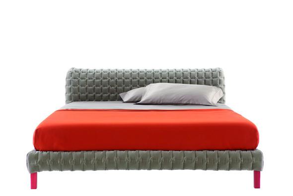 Кровать RUCHE от Inga Sempe. Изображение № 5.