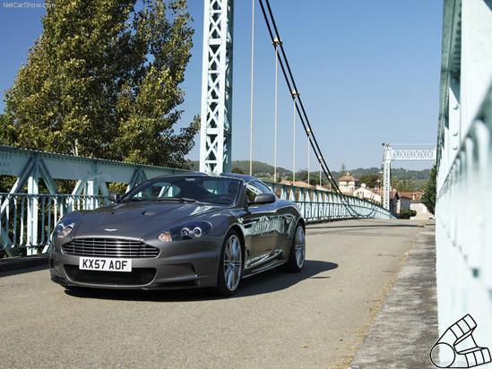 Вскрытие спортсмена-джентельмена. Aston Martin изнутри. Изображение № 1.