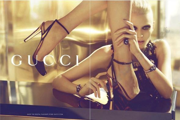Превью кампаний: Alberta Ferretti, Gucci и другие. Изображение № 2.