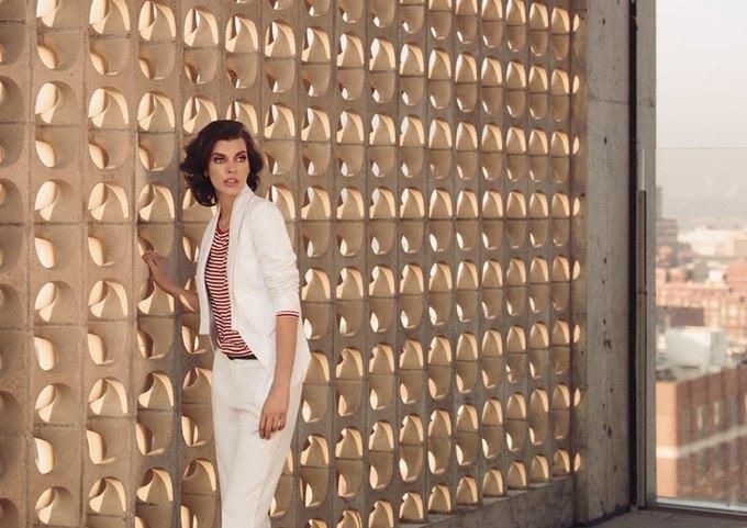 Alexander McQueen, Celine и LUBLU Kira Plastinina показали новые кампании. Изображение № 24.