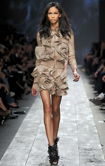 Платья 2010: все актуальные тренды сезона. Изображение № 1.