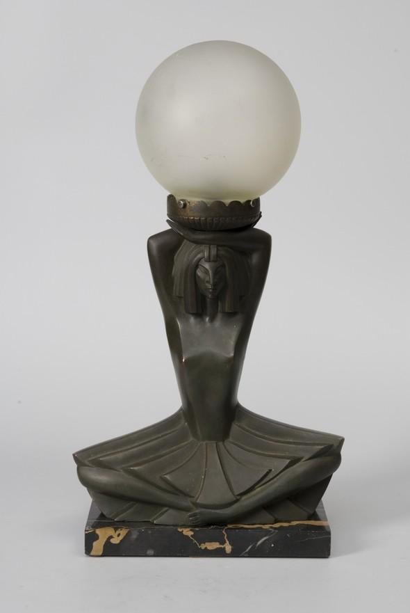 ИЗ ИСТОРИИ СВЕТА. В начале ХХвека светильники пользовались спросом. Изображение № 9.