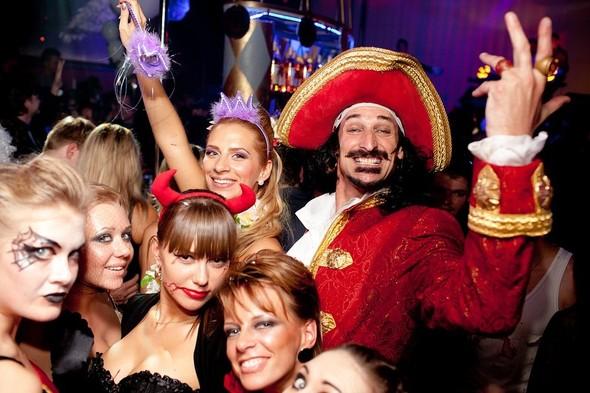 Helloween в клубе Circus. Изображение № 3.