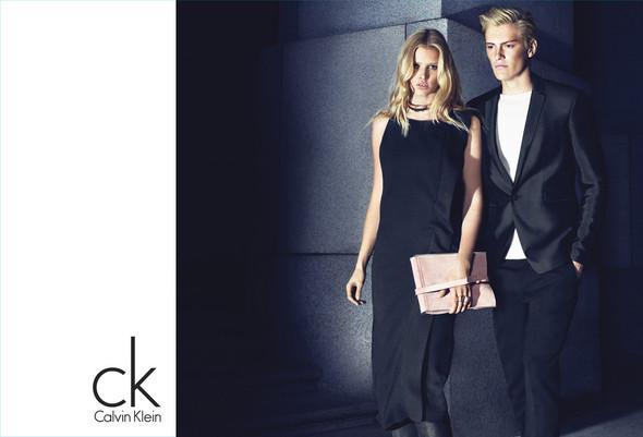Рекламные кампании Calvin Klein Осень-Зима 2012. Изображение № 2.