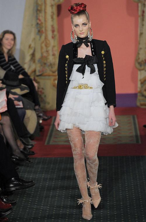 Неделя высокой моды вПариже: Кристиан Лакруа. Изображение № 14.