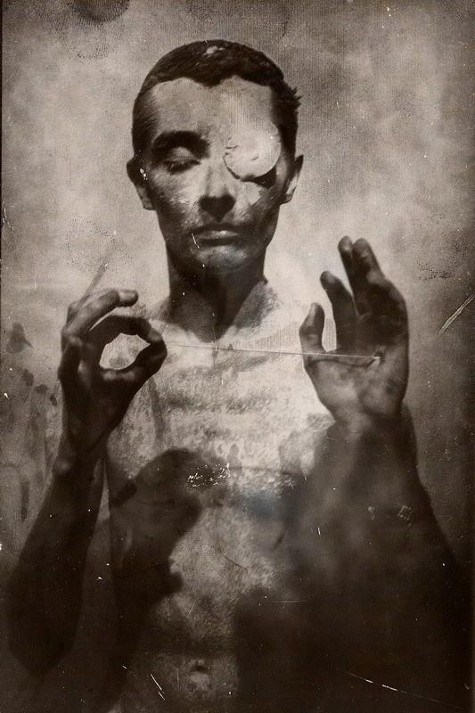 Кир Эсадов. Вещи, переживаемые в одиночестве. Изображение № 21.