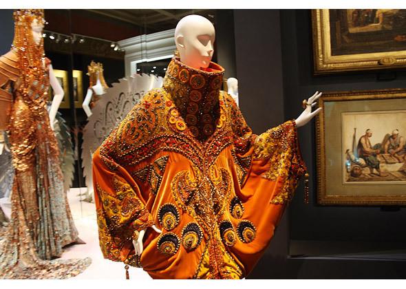 Платье Sheherazade из коллекции Dior Haute Couture SS 1998. Изображение № 3.