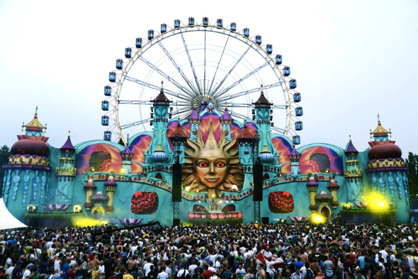 Магическое безумие крупнейшего фестиваля EDM музыки Tomorrowland. Изображение № 3.