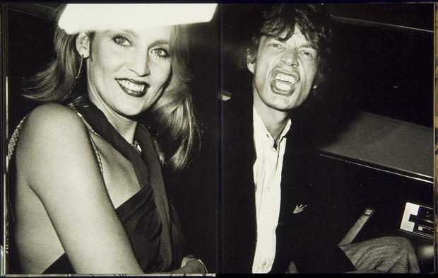 Клубная мания: 10 фотоальбомов о безумной ночной жизни . Изображение № 9.