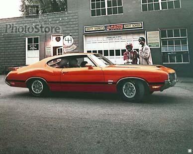 Oldsmobile HurstOlds. Изображение № 2.