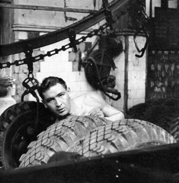 Советская Москва глазами Анри Картье-Брессона. Изображение № 9.