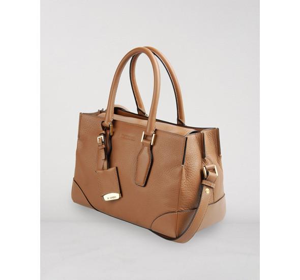 Лукбуки: сумки. Изображение № 33.
