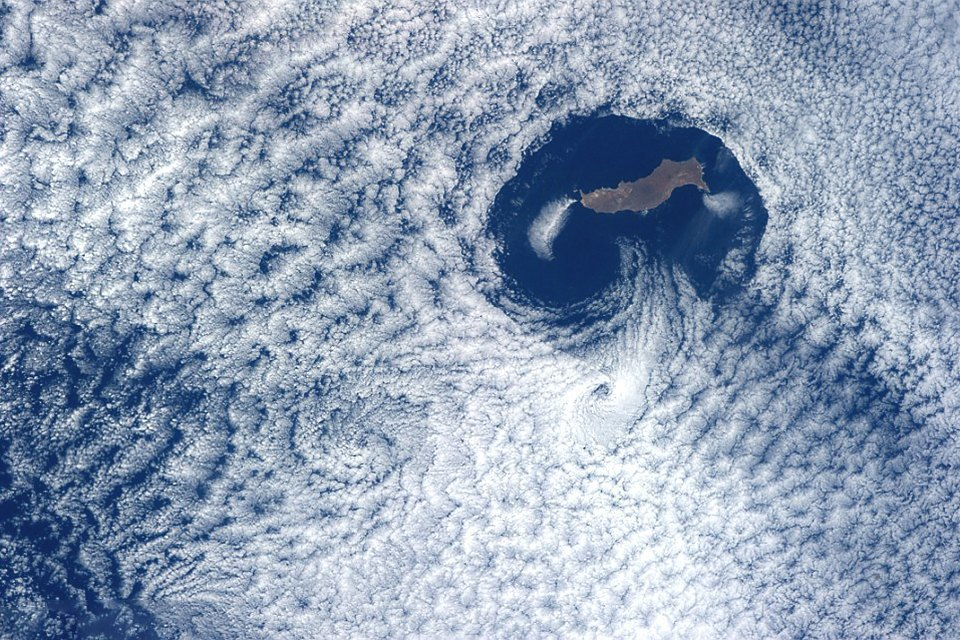Облака из космоса: Какой видят Землю космонавты МКС. Изображение № 7.