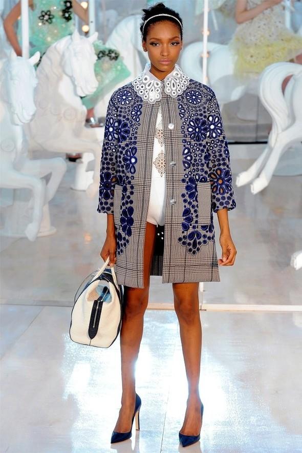 Неделя моды в Париже: Louis Vuitton весна 2012. Изображение № 24.