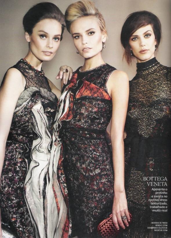 Съёмка: фотографии с бэкстейджей в бразильском Vogue. Изображение № 13.
