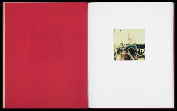 20 фотоальбомов со снимками «Полароид». Изображение №243.