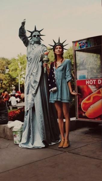 Превью лукбука: Карли Клосс и Джессика Харт для Free People. Изображение № 3.