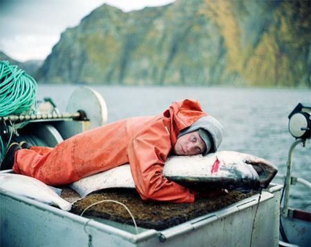 Каково быть рыболовом вАрктике. Изображение № 7.