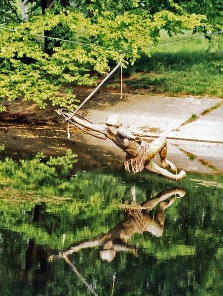 Скульптуры Джерзи Кедзиоры, парящие в воздухе. Изображение № 22.