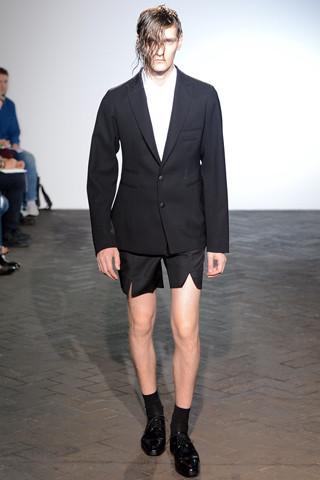 Неделя мужской моды в Париже: День 1. Изображение № 20.