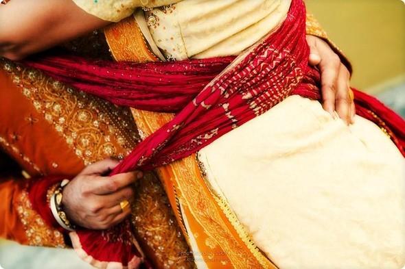 Надя иЧаранджит – Индийская сказка. Изображение № 77.