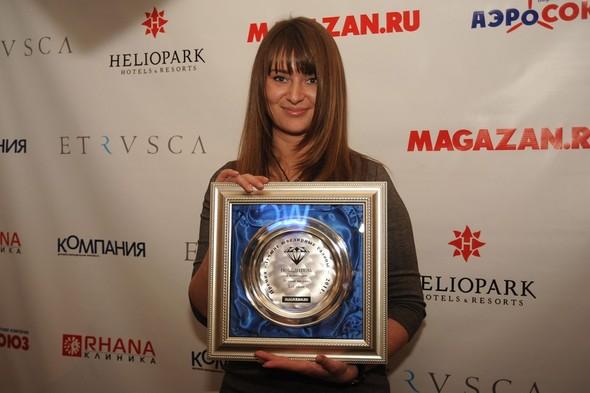 Cеть ювелирных бутиков LeCadeau получила премию «Лучшая витрина 2011»!. Изображение № 1.