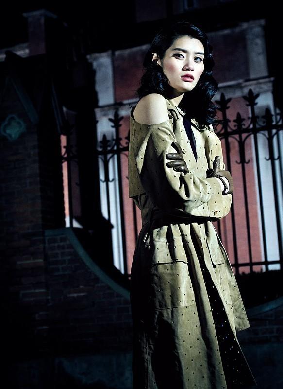 Съёмка: Мин Си для китайского Vogue. Изображение № 5.