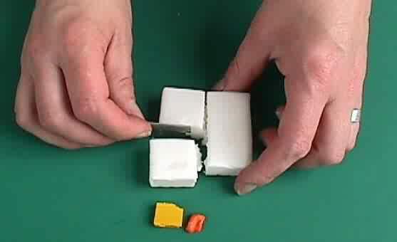 Пластилиновый источник витаминаС. Изображение № 1.