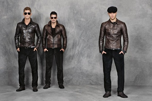 Dolce & Gabbana Mens FW 2010. Изображение № 7.