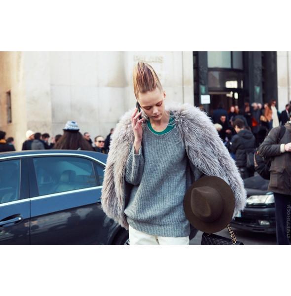 Изображение 23. На полях: 10 тенденций уличного стиля с прошедших недель моды.. Изображение № 23.
