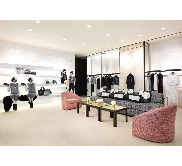Новые магазины: Louis Vuitton в Риме, Chanel в Москве и Celine в Нью-Йорке. Изображение № 22.