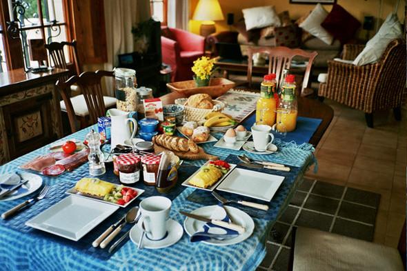 Завтрак в отеле Casa Dos Torres. Изображение №32.