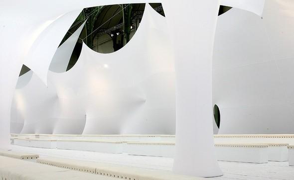 Подиум какобъект современного искусства. Изображение № 30.