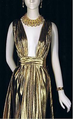 Yves Saint Laurent couture 1981 г.. Изображение № 28.