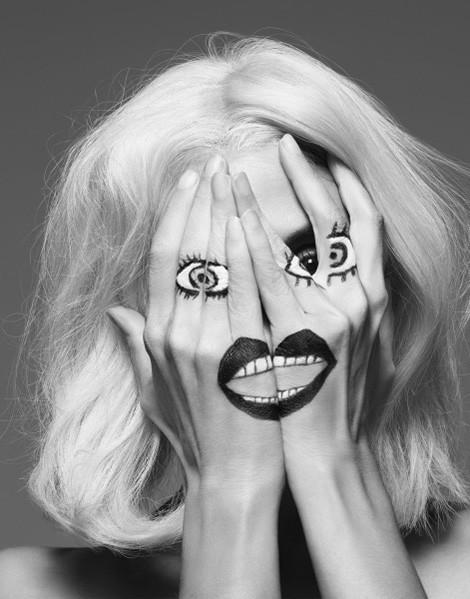 Архивная съёмка: Инез и Винод для Vogue, 2009. Изображение № 1.