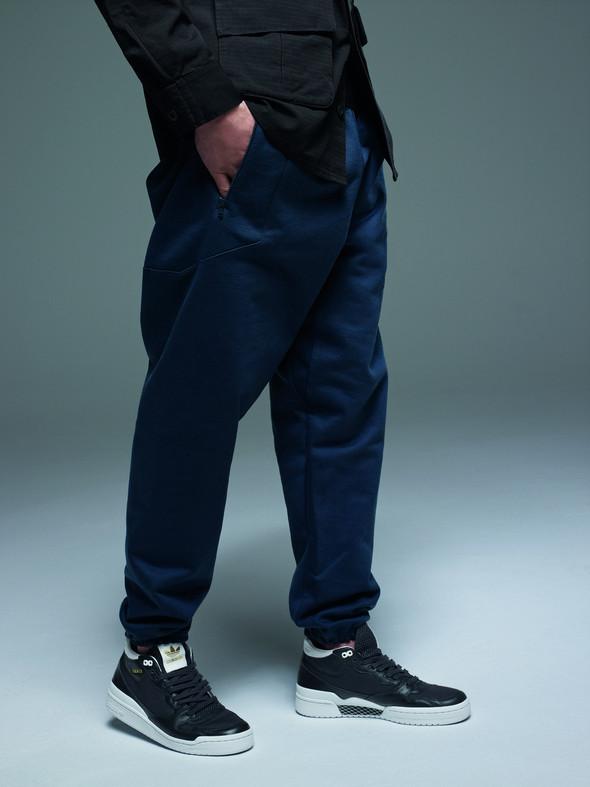 Лукбуки: Джереми Скотт и Дэвид Бекхэм для Adidas Originals. Изображение № 44.
