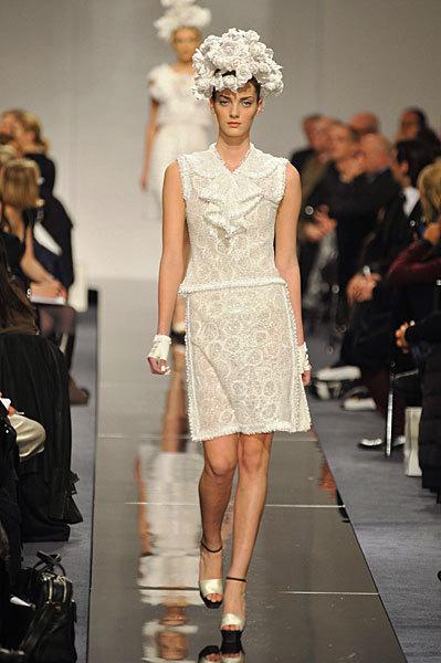 Chanel Spring 2009 Haute Couture. Изображение № 48.
