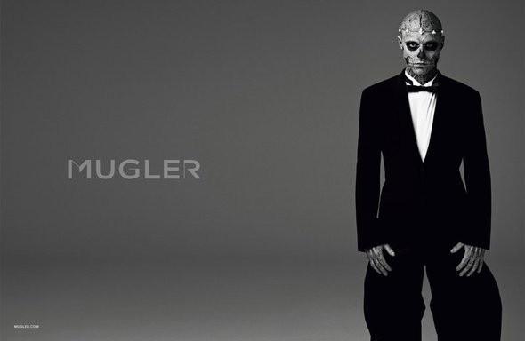 Изображение 4. Мужские рекламные кампании: Mugler, Versace и другие.. Изображение № 23.