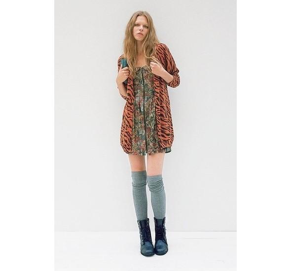 Женские лукбуки: Lauren Moffatt, Zara TRF и Urban Outfitters. Изображение № 28.