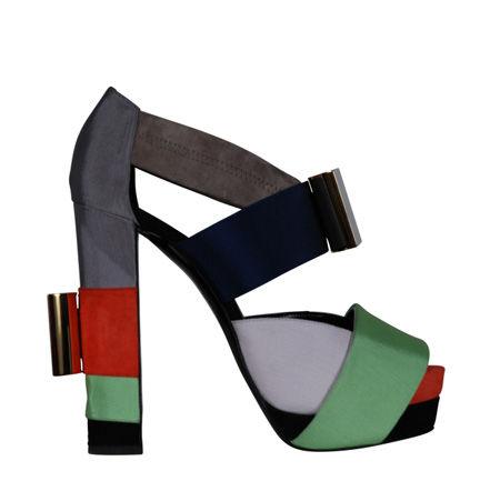 FIT откроют выставку обуви Гаги и Кирквуда. Изображение № 6.