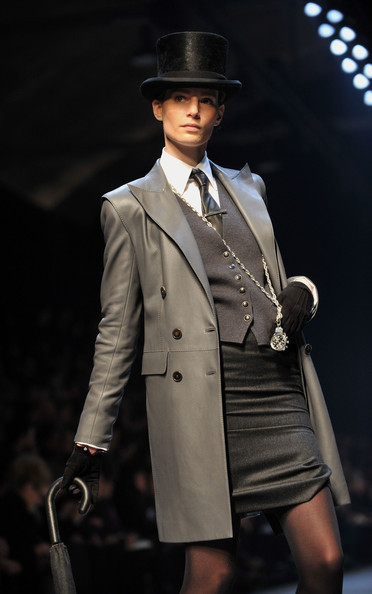 Jean Paul Gaultier for Hermes (fall-winter 2010). Изображение № 1.