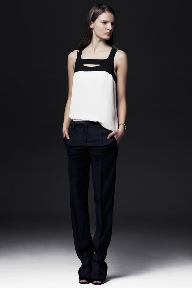 Показаны новые лукбуки Balenciaga, Chanel и Zac Posen. Изображение № 30.