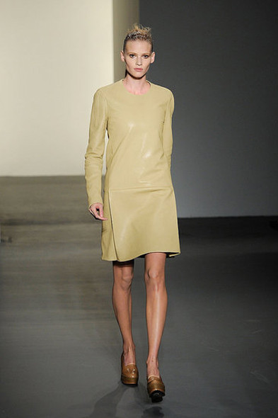 Calvin Klein, источник: www.fashionologie.com. Изображение № 28.