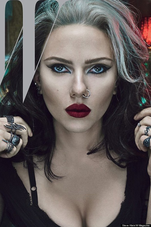 Показаны новые обложки Acne Paper, Contributor, Interview и Vogue. Изображение № 12.