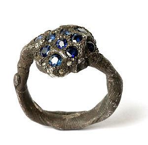 Karl Fritsch: Кольцо может быть оружием. Изображение № 21.