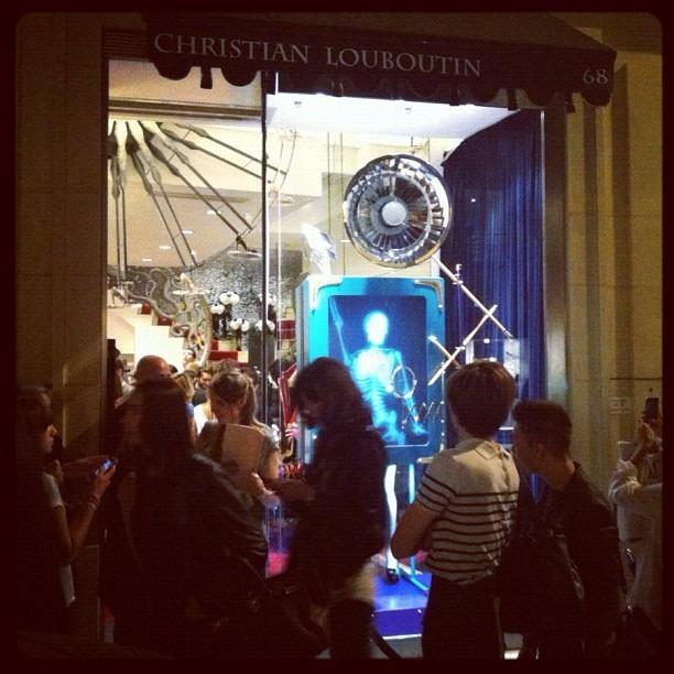 Instagram-фотоотчет о Fashion's Night Out по всему миру. Изображение № 6.