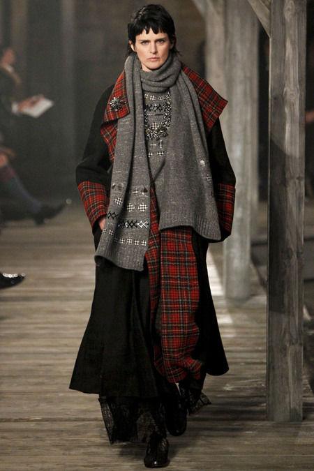 В Шотландии прошел предосенний показ Chanel. Изображение № 1.