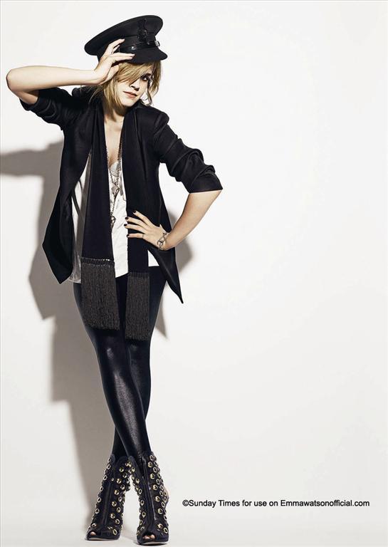 Emma Watson for Sunday Times Style Magazine (December 2008). Изображение № 3.