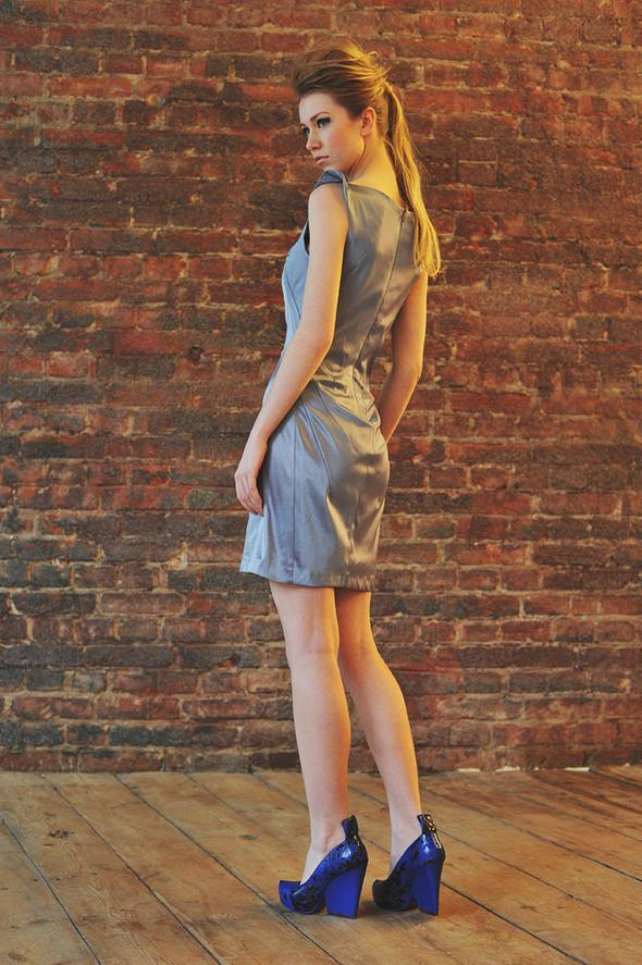 СW86 платье серое состав:70% хлопок, 30% шелк размеры: s, м. Изображение № 14.